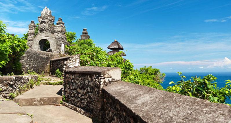 Uluwatu Temple - Pura Luhur Uluwatu - Bali Attractions